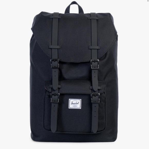 6bc5c68d22b Herschel Little America All Black Backpack